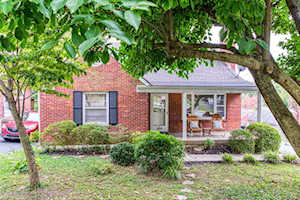 1404 Falcon Dr Louisville, KY 40213
