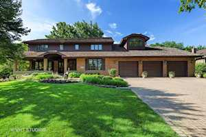431 Creekside Ct Willowbrook, IL 60527