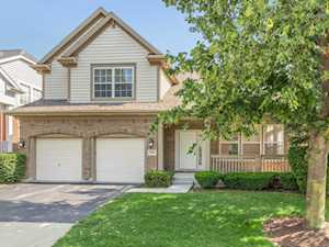1938 N Olympic Dr Vernon Hills, IL 60061