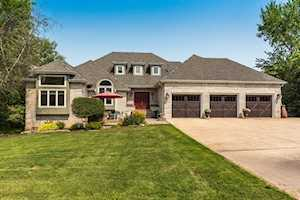 3741 Glendenning Rd Downers Grove, IL 60515
