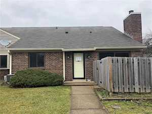 4927 Oakbrook Court Indianapolis, IN 46254