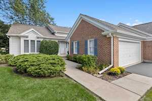 639 Stirling Ln Prospect Heights, IL 60070