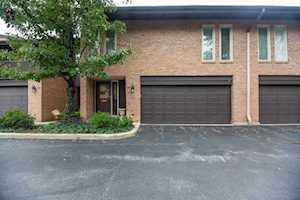 1723 Wildberry Dr #D Glenview, IL 60025