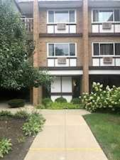 300 Claymoor St #1G Hinsdale, IL 60521