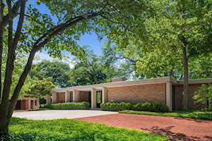 799 Highland Place Highland Park, IL 60035