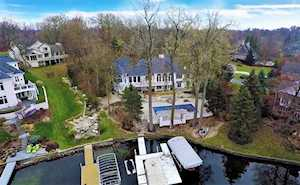 11910 Promontory Court Indianapolis, IN 46236