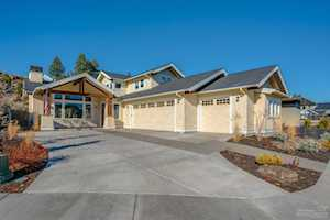 2820 Shields Drive Bend, OR 97703