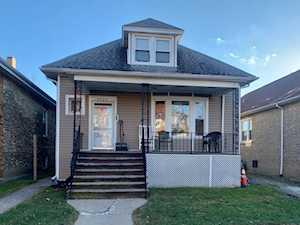 4925 W Cornelia Ave Chicago, IL 60641