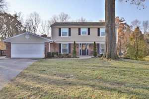 10242 Dodge Ln Louisville, KY 40272