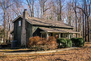 201 Cherry Hill Rd Pewee Valley, KY 40056