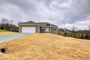 55 Lincoln Ct Taylorsville, KY 40071
