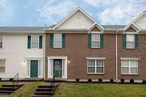 7904 Fir Green Way Louisville, KY 40291