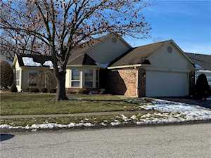 5740 Crystal Bay W Drive Plainfield, IN 46168
