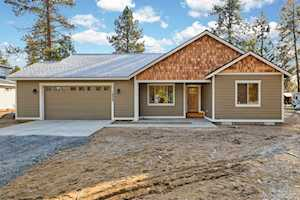 19525 River Woods Drive Bend, OR 97702