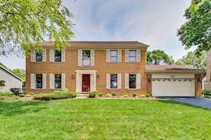 5001 Thornbark Dr Hoffman Estates, IL 60010