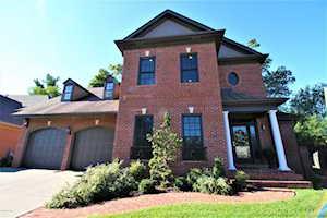 1426 Mockingbird Valley Green Louisville, KY 40207