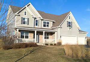 28192 W Maple Ave Barrington, IL 60010
