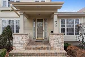 1632 Canfield Rd Park Ridge, IL 60068