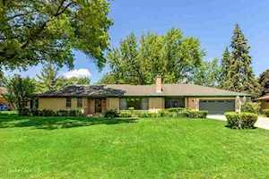 1002 W Gregory St Mount Prospect, IL 60056