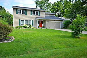 125 Forest Ave Lake Zurich, IL 60047