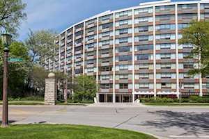 1630 Sheridan Rd #8K Wilmette, IL 60091