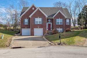 18006 Arlington Meadows Ct Fisherville, KY 40023