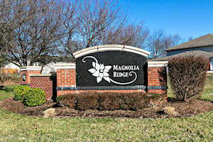 9401 Magnolia Ridge Dr #103 Louisville, KY 40291