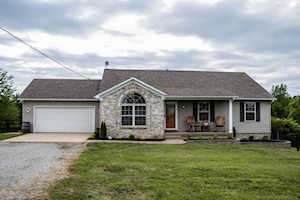 201 Andrew Ct Taylorsville, KY 40071