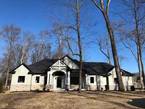 19679 Whispering Woods Drive Bristol, IN 46507