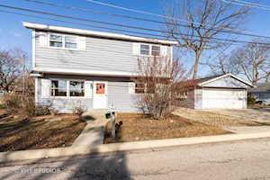 118 Shadydell Ave Mundelein, IL 60060
