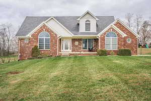 680 Foxmoore Dr Taylorsville, KY 40071