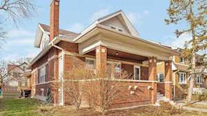 146 Dover Ave La Grange, IL 60525