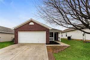 5562 Sweet River Drive Indianapolis, IN 46221