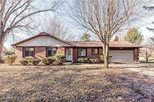 9072 Cooper Road Zionsville, IN 46077