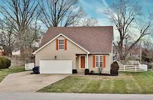 409 Garden Ct Simpsonville, KY 40067