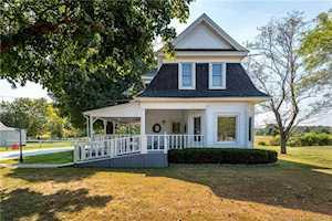 1608 Charlestown Memphis Rd Charlestown, IN 47111