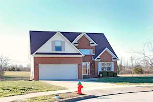109 Jay Dee Court Nicholasville, KY 40356