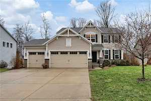 10371 Shades Court Indianapolis, IN 46239