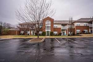 9401 Magnolia Ridge Dr #203 Louisville, KY 40291