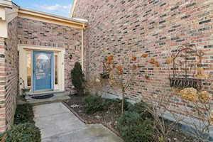 39 The Court of Cobblestone Northbrook, IL 60062