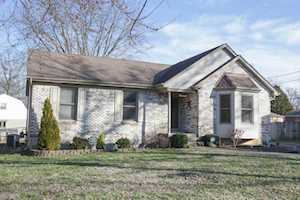 8307 Chel Ct Louisville, KY 40219