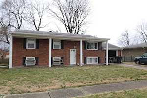 8518 Seaforth Dr Louisville, KY 40258