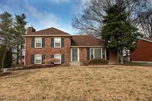6810 Wunderly Ct Louisville, KY 40291