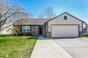 12131 Pebblebrooke Court Indianapolis, IN 46236