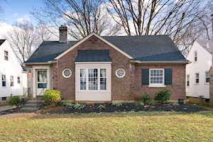 3920 Hycliffe Ave Louisville, KY 40207