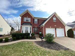 10616 Providence Dr Louisville, KY 40291