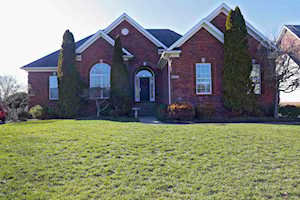 3810 Cressington Pl Louisville, KY 40245