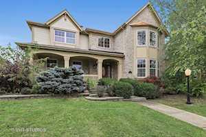 406 N White Deer Trl Vernon Hills, IL 60061