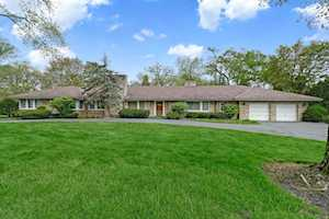 555 Woodland Ave Hinsdale, IL 60521