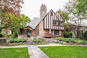 815 The Pines Hinsdale, IL 60521